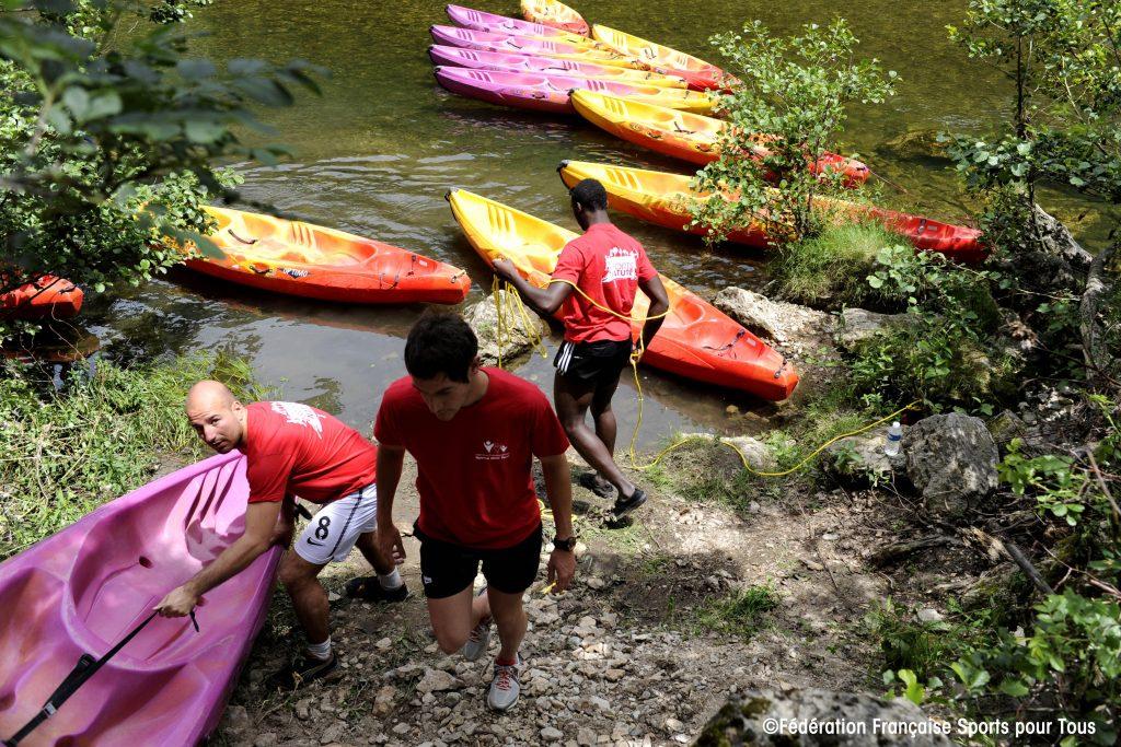 Canoe-Kayak_FFSPT-1024x683 Nos activités